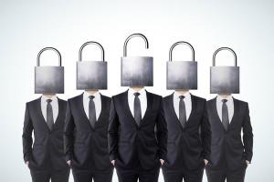 Businessmen-Lock-Heads_600px_336587438